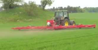 Undersowing of clover grass in spring barley